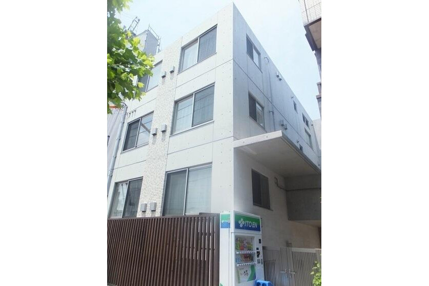 1R Apartment to Rent in Kita-ku Exterior