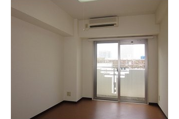 1K Apartment to Rent in Yokohama-shi Kanagawa-ku Exterior