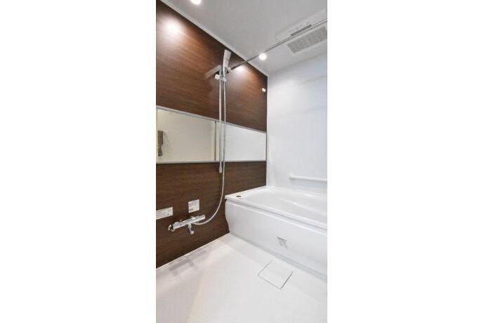2SLDK Apartment to Buy in Ota-ku Bathroom