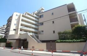 2LDK {building type} in Shiroganecho - Shinjuku-ku