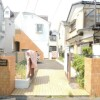 1R Apartment to Rent in Zama-shi Building Entrance