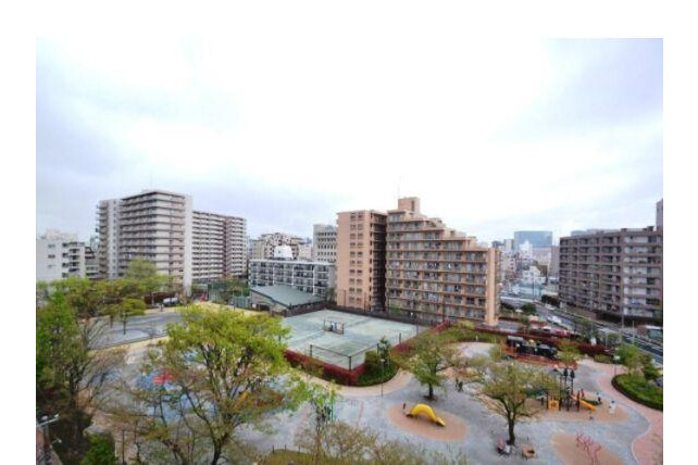 2SLDK Apartment to Buy in Shinagawa-ku Outlook