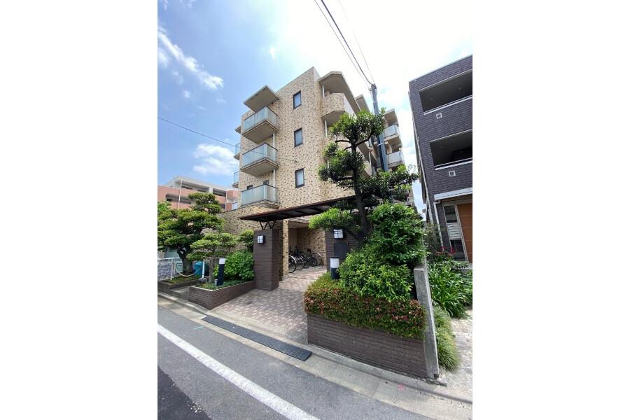 Whole Building Apartment to Buy in Kawasaki-shi Nakahara-ku Exterior