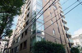 2LDK Apartment in Nihombashikakigaracho - Chuo-ku