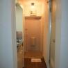 1K Apartment to Rent in Yokohama-shi Tsurumi-ku Entrance