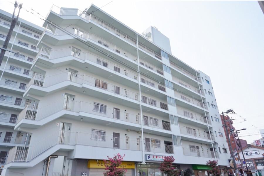 1R Apartment to Buy in Osaka-shi Yodogawa-ku Interior