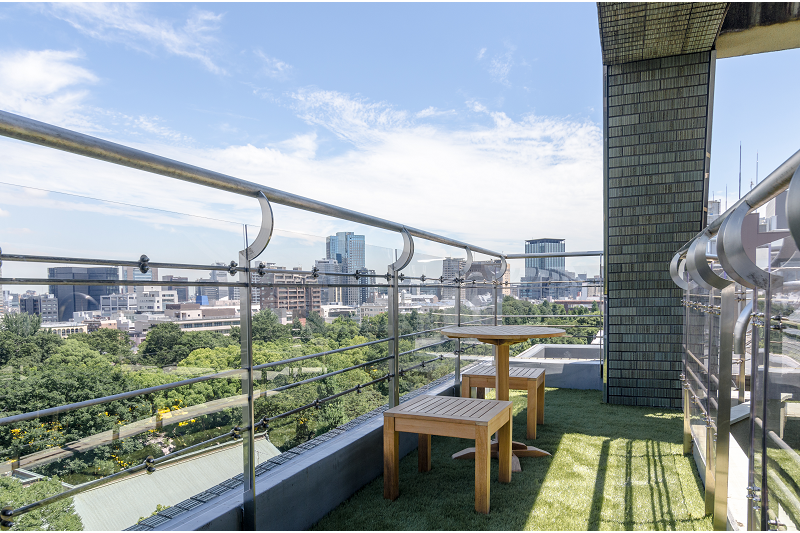 Private Serviced Apartment to Rent in Chiyoda-ku Balcony / Veranda