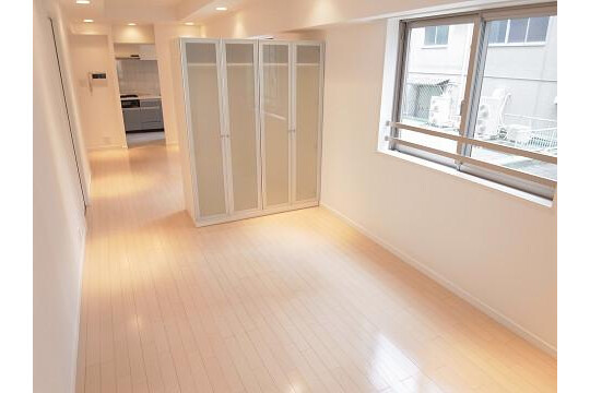 1K Apartment to Buy in Chuo-ku Bedroom