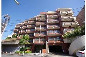 3LDK Apartment to Buy in Shibuya-ku Exterior