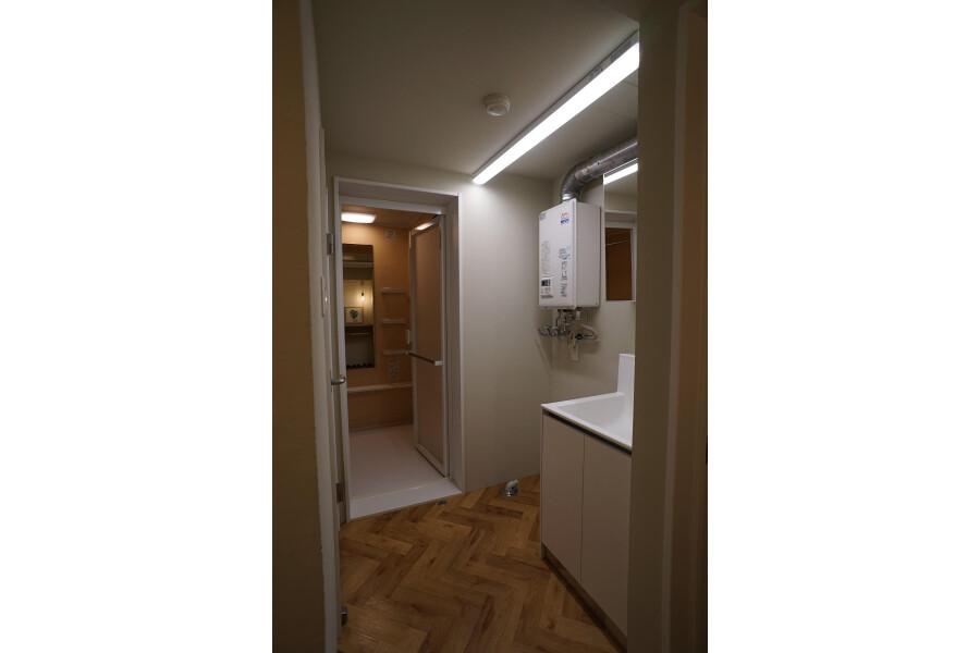 1LDK Apartment to Buy in Sapporo-shi Chuo-ku Washroom
