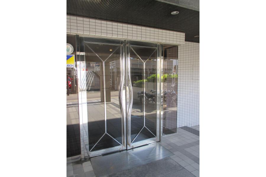 1R Apartment to Buy in Fukuoka-shi Hakata-ku Interior