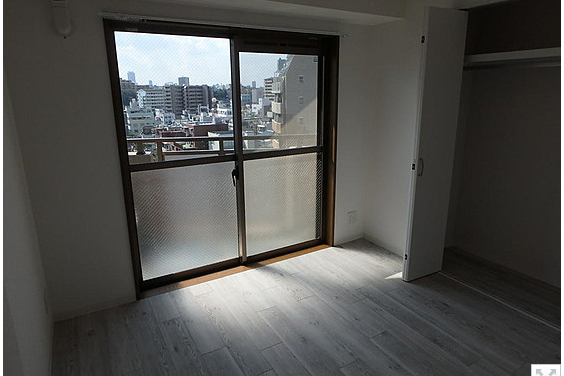 2LDK Apartment to Buy in Arakawa-ku Bedroom