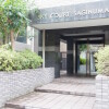 1R Apartment to Rent in Kawasaki-shi Miyamae-ku Building Entrance