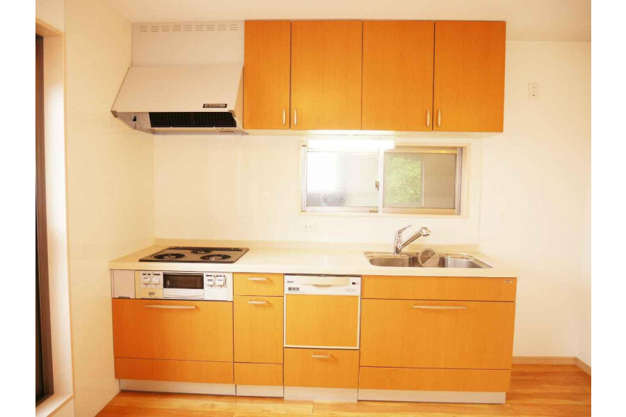 4LDK House to Buy in Kyoto-shi Higashiyama-ku Kitchen