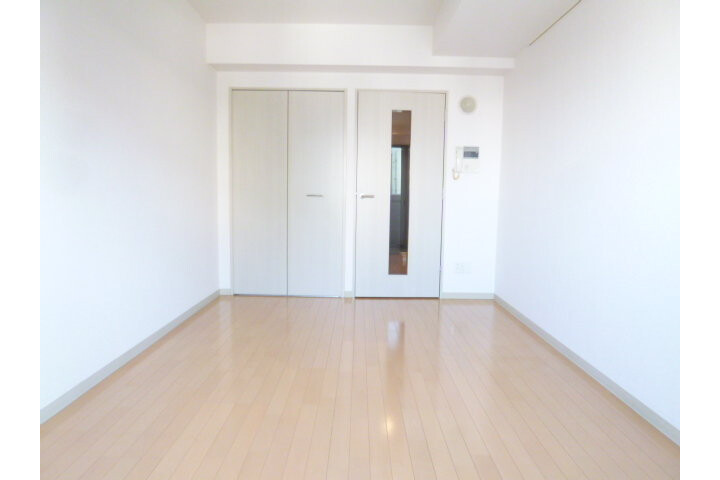 1K Apartment to Rent in Chiyoda-ku Exterior