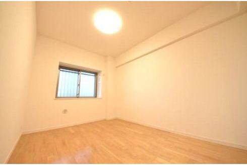 3LDK Apartment to Buy in Ota-ku Bedroom