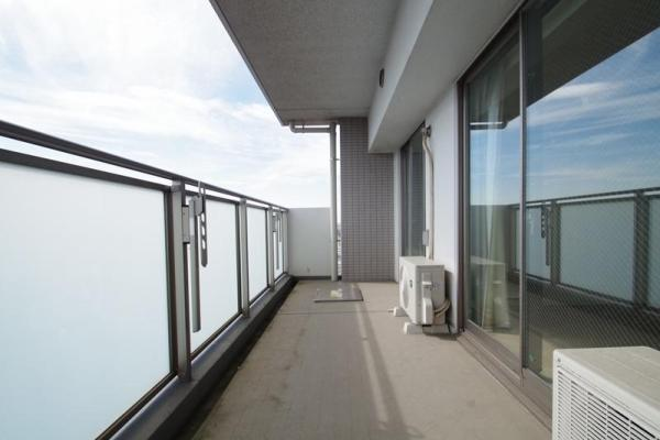 3LDK Apartment to Buy in Katsushika-ku Balcony / Veranda