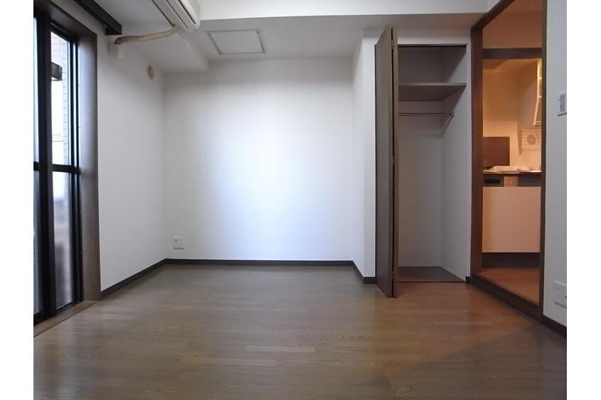 1K Apartment to Rent in Shibuya-ku Interior