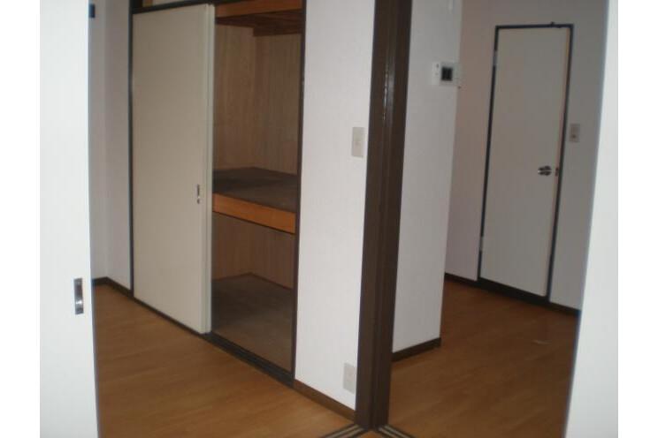 1SLDK Apartment to Rent in Meguro-ku Interior