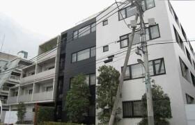 1K {building type} in Roppongi - Minato-ku