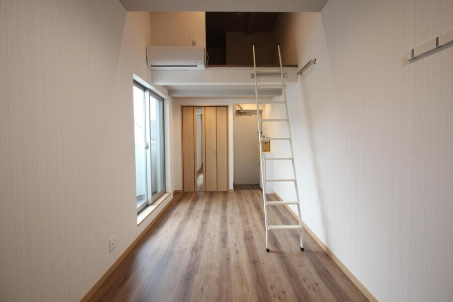 1R Apartment to Rent in Komae-shi Interior