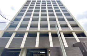 福岡市中央区天神-1K{building type}