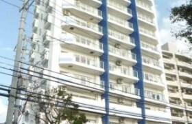 2LDK Apartment in Mihama - Nakagami-gun Chatan-cho