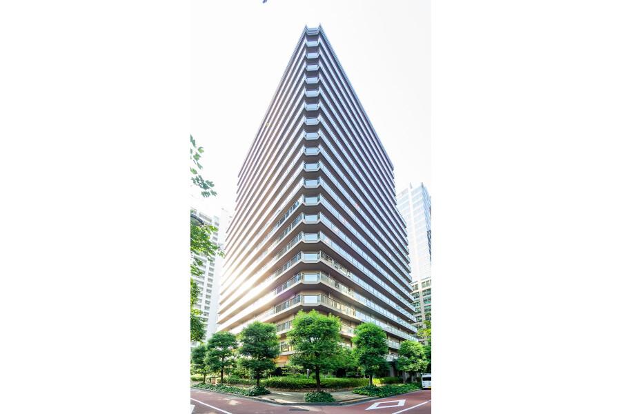 1LDK Apartment to Rent in Shinjuku-ku Outlook