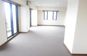 3LDK Mansion in Nibancho - Chiyoda-ku