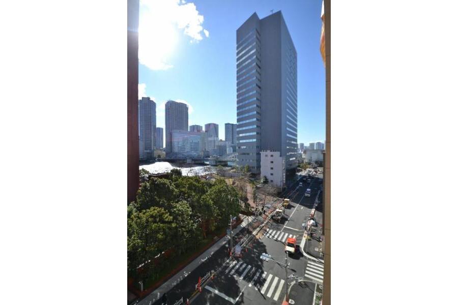 1LDK Apartment to Buy in Chuo-ku Balcony / Veranda