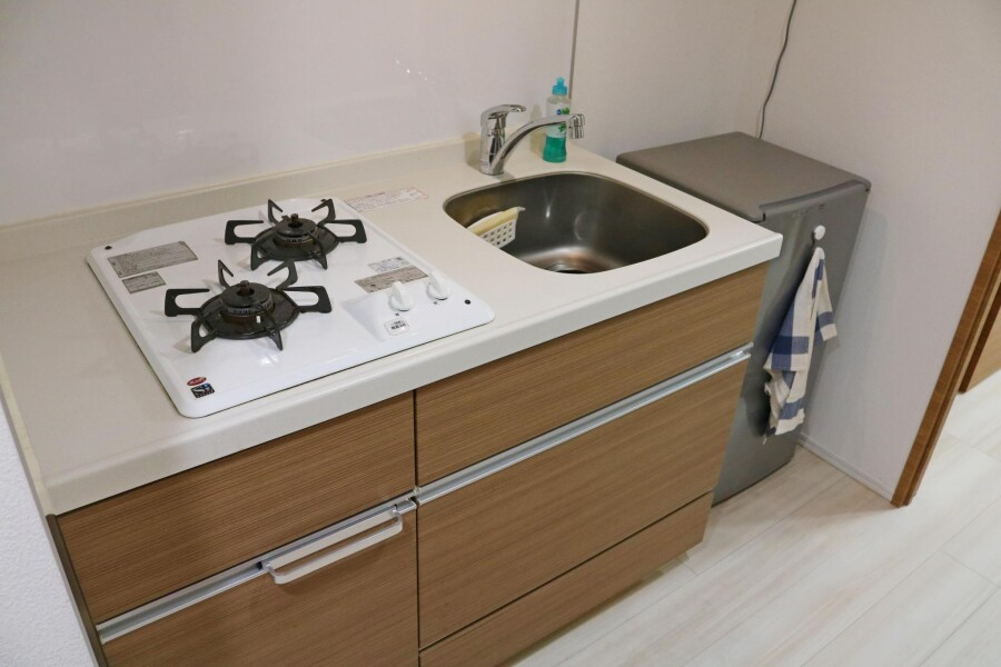 1K Apartment to Rent in Shinjuku-ku Kitchen