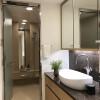 在港区购买2LDK 公寓大厦的 盥洗室