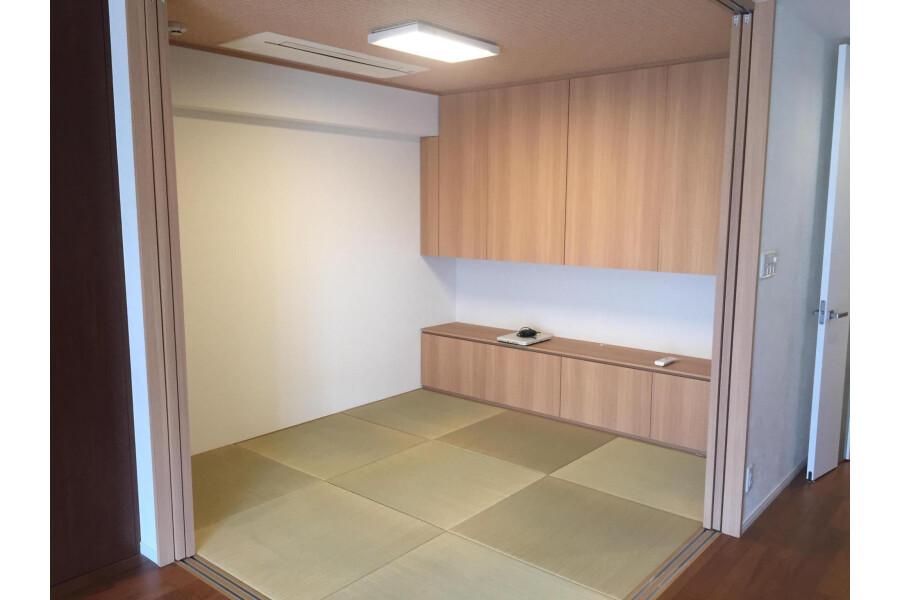 2LDK Apartment to Buy in Kyoto-shi Sakyo-ku Bedroom