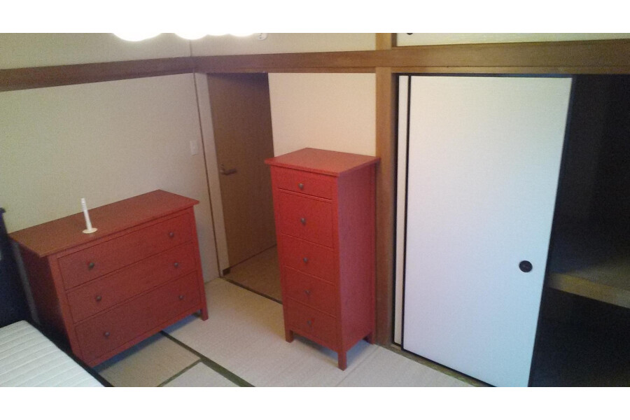 Shared Guesthouse to Rent in Nakano-ku Bedroom