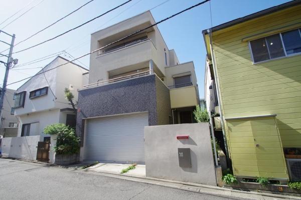 在Shibuya-ku購買4LDK 獨棟住宅的房產 戶外