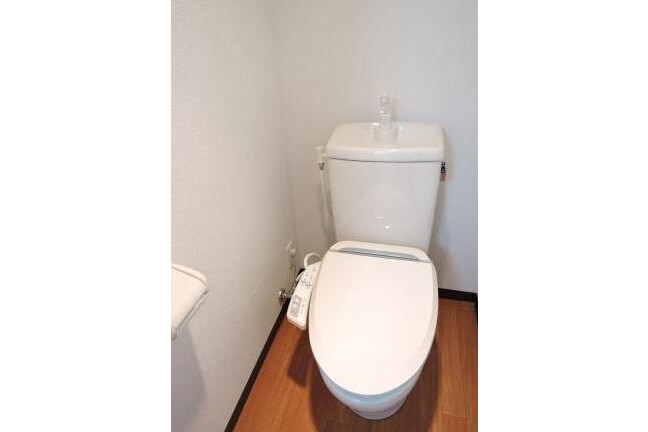 Whole Building Apartment to Buy in Toshima-ku Toilet