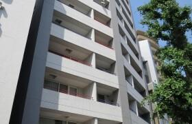 1K Apartment in Minamiaoyama - Minato-ku