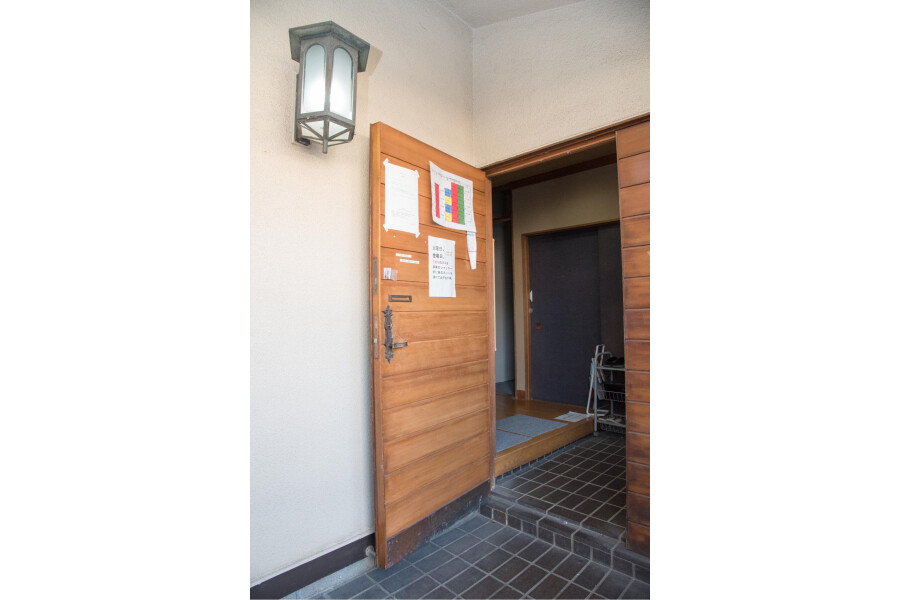 Private House to Rent in Setagaya-ku Entrance