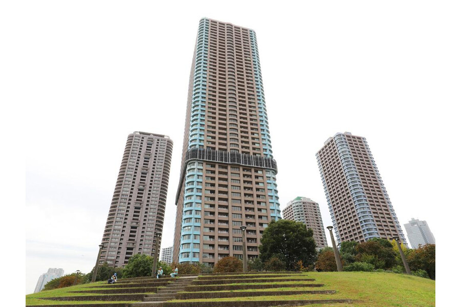 1LDK Apartment to Buy in Chuo-ku Exterior