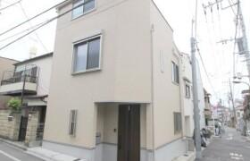 新宿区 中里町 2LDK {building type}