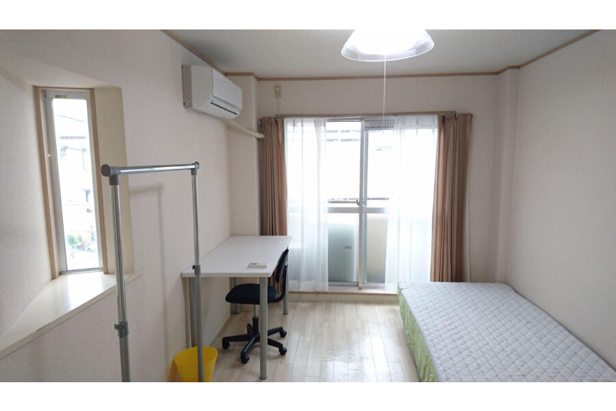 1K Apartment to Rent in Ibaraki-shi Bedroom