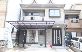 京都市山科区 西野左義長町 4SDK {building type}
