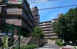 4LDK Apartment in Takikawacho - Nagoya-shi Showa-ku