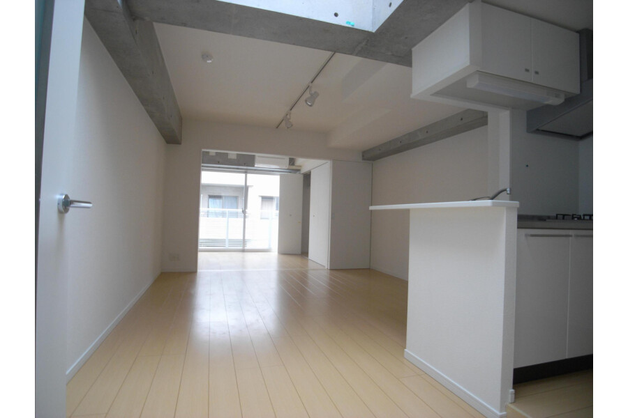 1LDK Apartment to Rent in Setagaya-ku Living Room