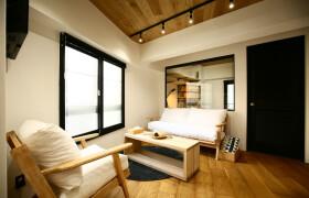 2LDK Apartment in Minamiaoyama - Minato-ku