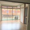 在目黒區內租賃2DK 公寓大廈 的房產 起居室