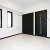 1K Apartment to Buy in Shinjuku-ku Room