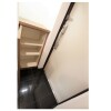 1K Apartment to Rent in Yokohama-shi Nishi-ku Entrance