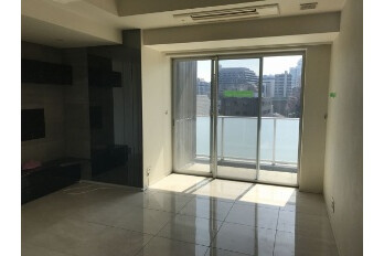 1LDK Apartment to Buy in Chiyoda-ku Living Room