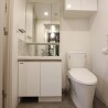 1K Apartment to Rent in Chuo-ku Toilet